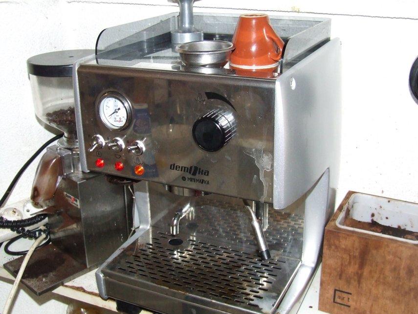Review Of Demoka M 821 C1 Espresso Machine